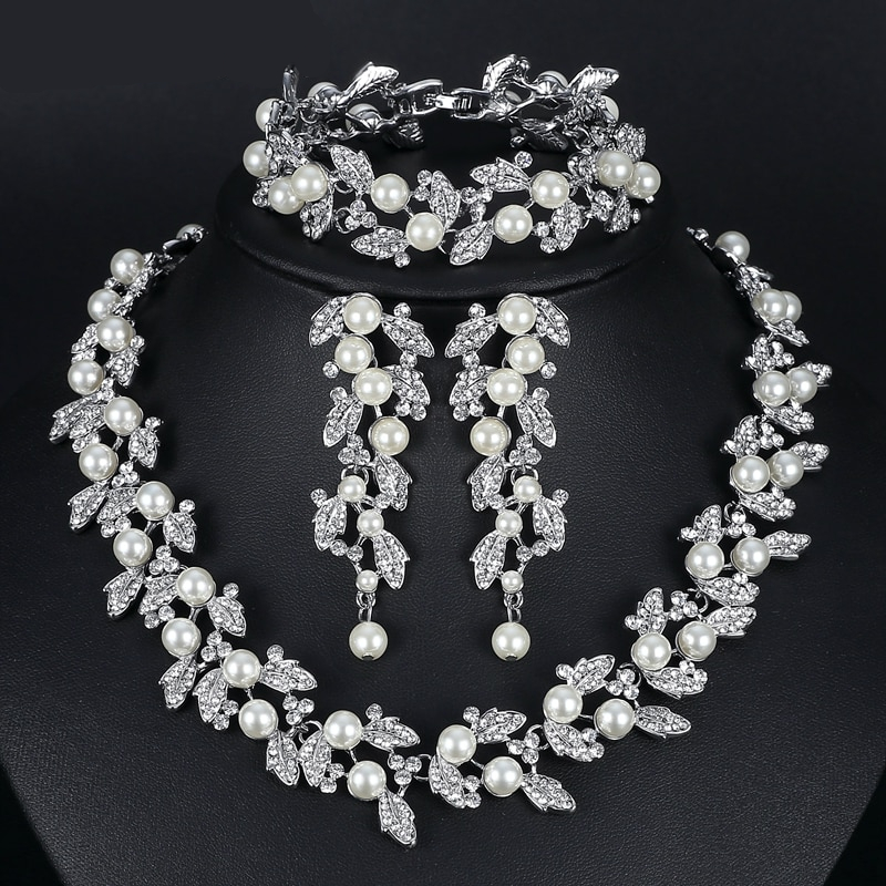 Pearl Necklace Jewellery Set